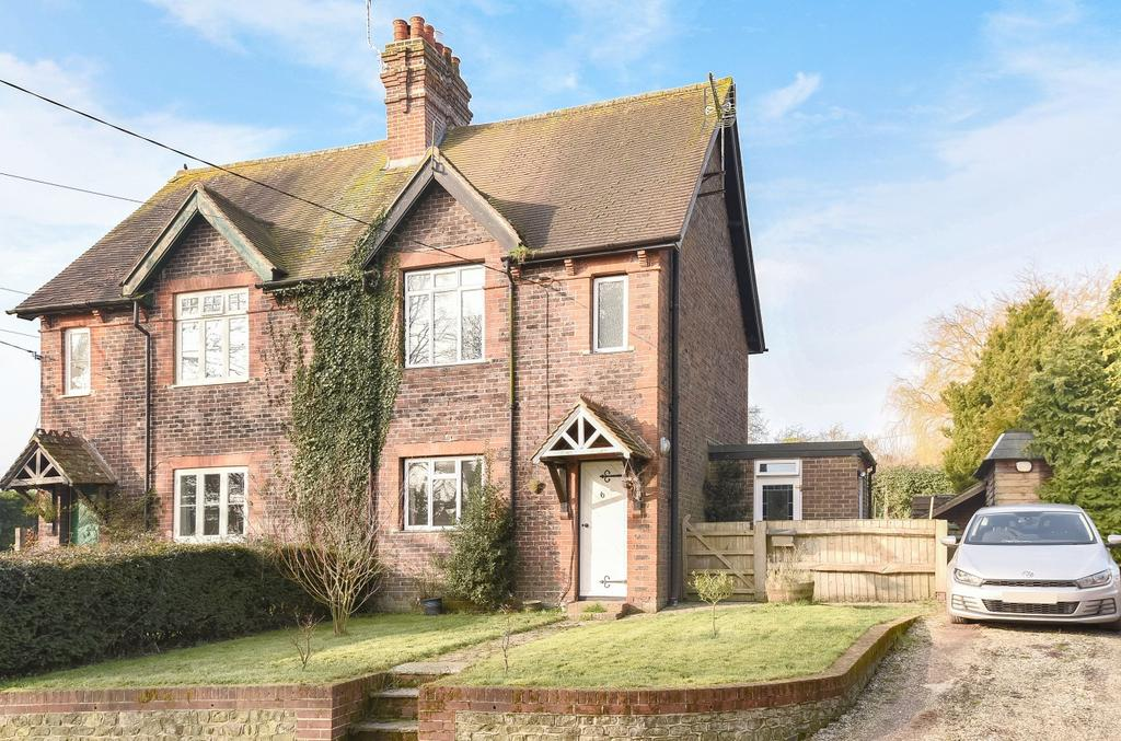 3 Bedrooms Terraced House for sale in Pond Cottages, Ramsdean, Petersfield, GU32