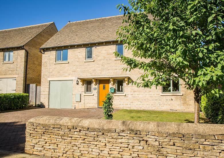 5 Bedrooms Detached House for sale in Milton under Wychwood, Oxfordshire, OX7