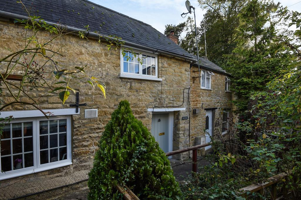 2 Bedrooms Cottage House for sale in Charlbury, Oxfordshire, OX7