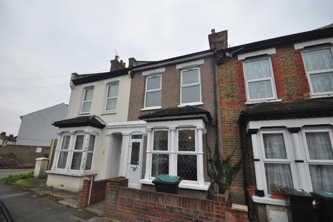 3 bedroom terraced house to rent - Campbell Road Gravesend DA11