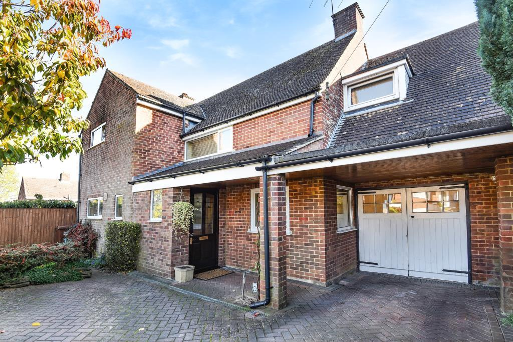 4 Bedrooms Detached House for sale in Church View, Banbury, OX16