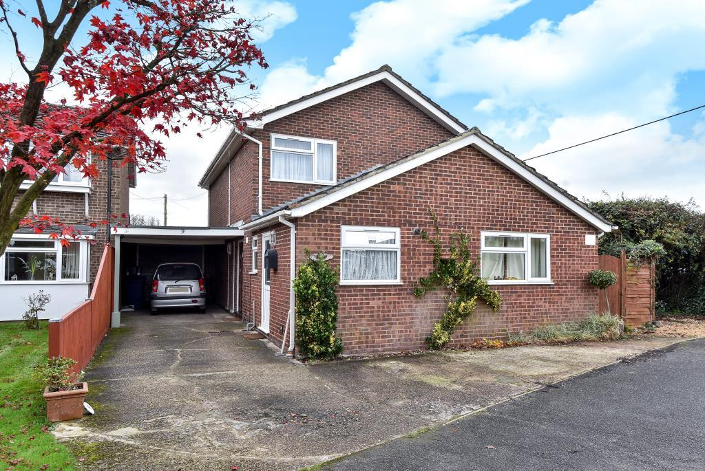 4 Bedrooms Detached House for sale in Holmer Green, Buckinghamshire, HP15
