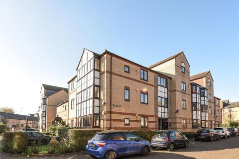 2 bedroom flat for sale - Swan Place, Reading, RG1