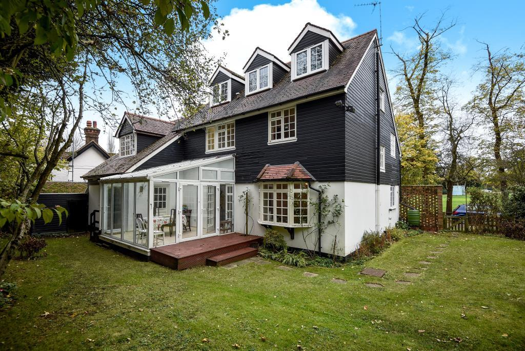 6 Bedrooms Detached House for sale in Southill Lane, HA5