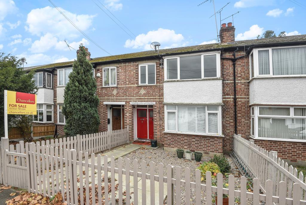 2 Bedrooms Maisonette Flat for sale in Kenilworth Road, Ashford, TW15