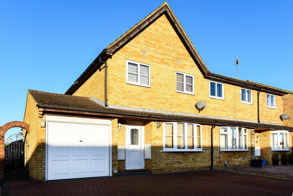3 Bedrooms House for sale in Welland Croft, Bicester, OX26
