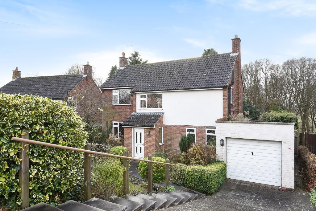 3 Bedrooms Detached House for sale in Chesham, Buckinghamshire, HP5