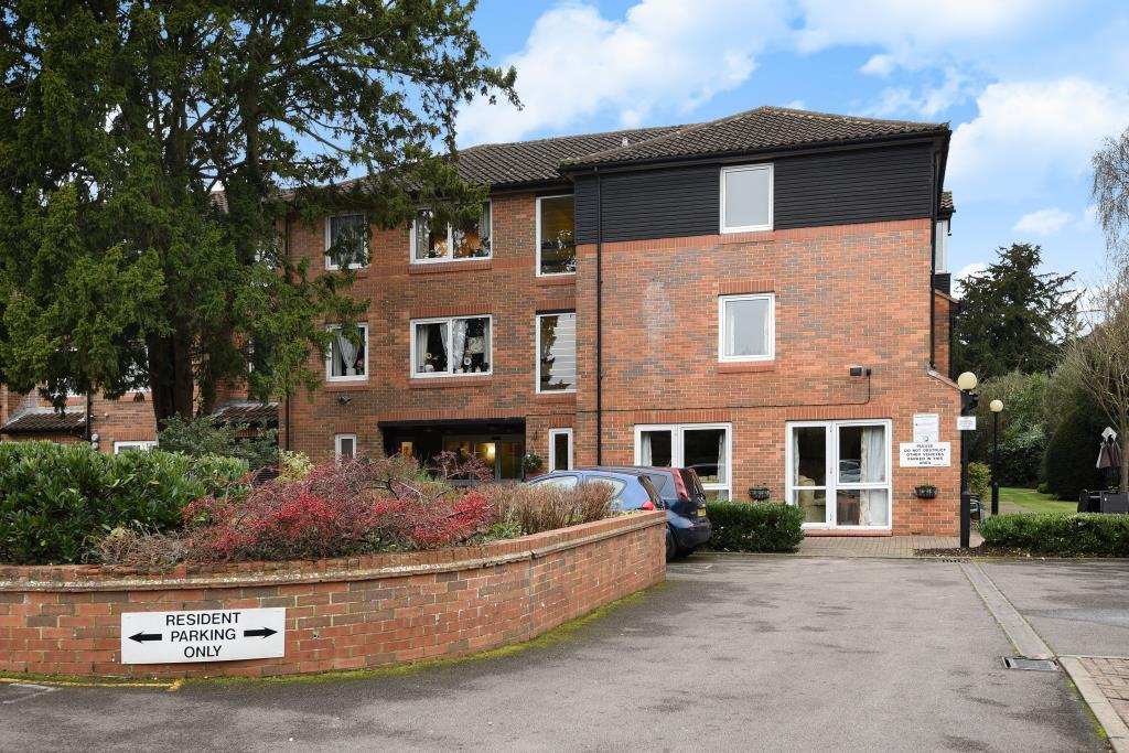 1 Bedroom Retirement Property for sale in Homecedars House, Elstree Road, Bushey, WD23