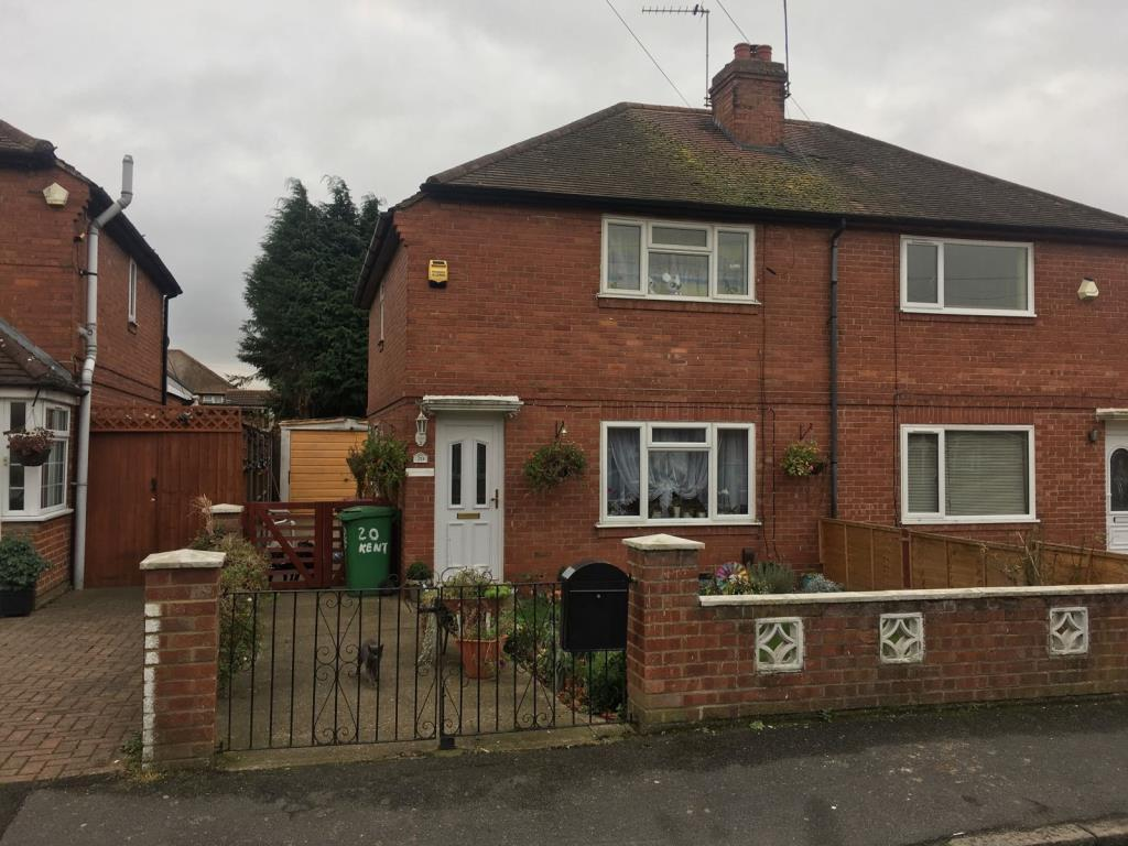 3 Bedrooms House for sale in Kent Avenue, Slough, Berkshire, SL1