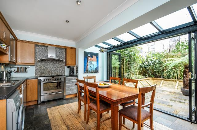 4 Bedrooms House for sale in Ridgeway Gardens, Highgate, N6, N6