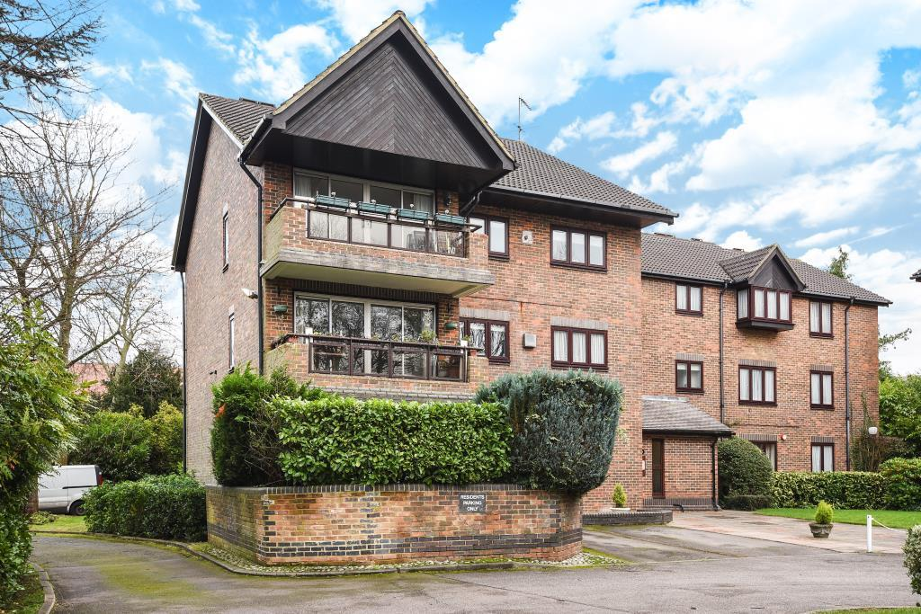 2 Bedrooms Flat for sale in Stanmore, Middlesex, HA7