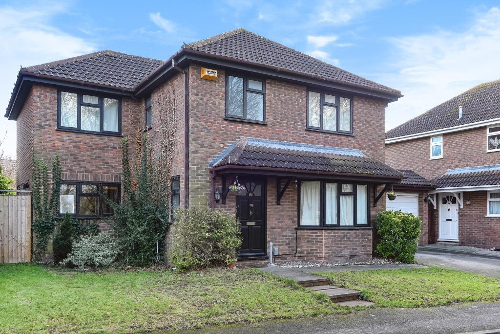 4 Bedrooms Detached House for sale in Oliffe Close, Buckinghamshire, HP20