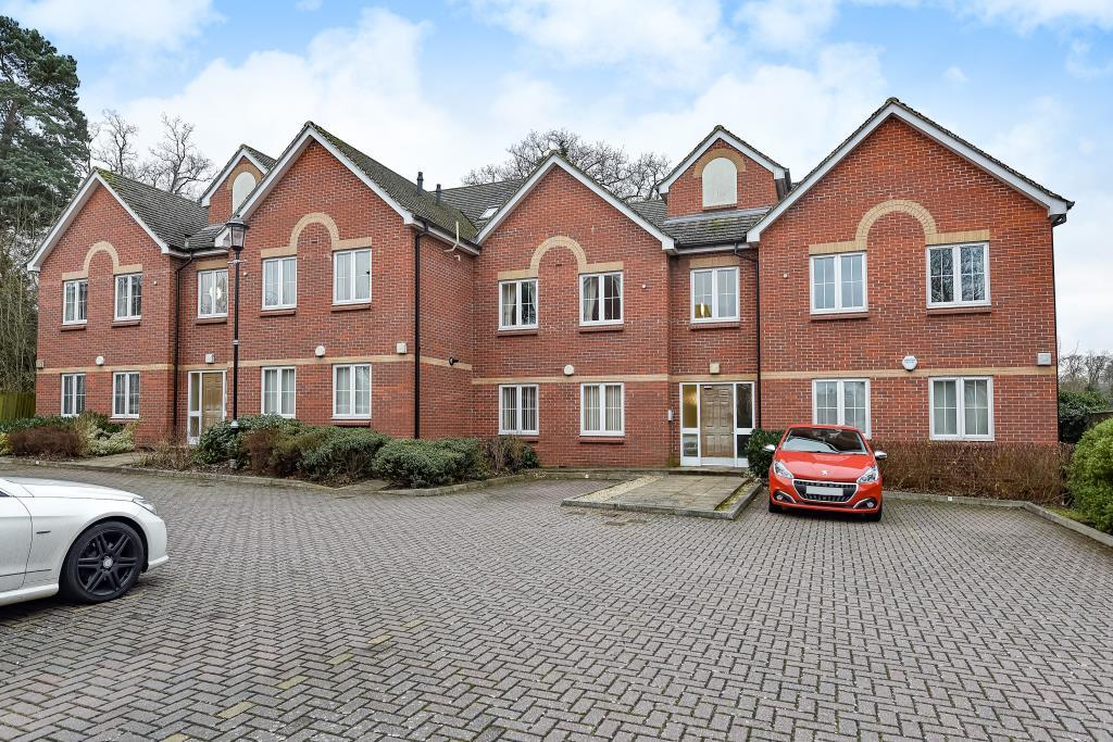 2 Bedrooms Flat for sale in Bracknell, Berkshire, RG12