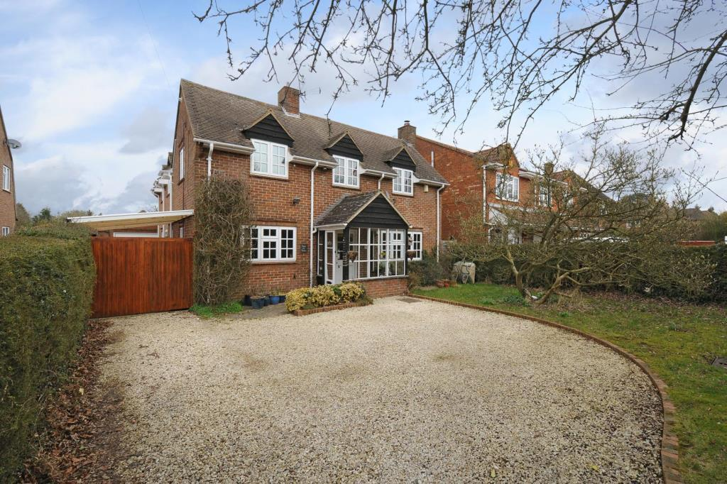 4 Bedrooms Detached House for sale in Chesham, Buckinghamshire, HP5