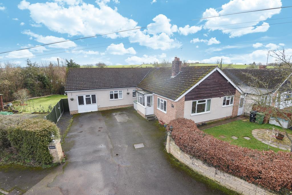 4 Bedrooms Detached Bungalow for sale in Dilwyn, Herefordshire, HR4