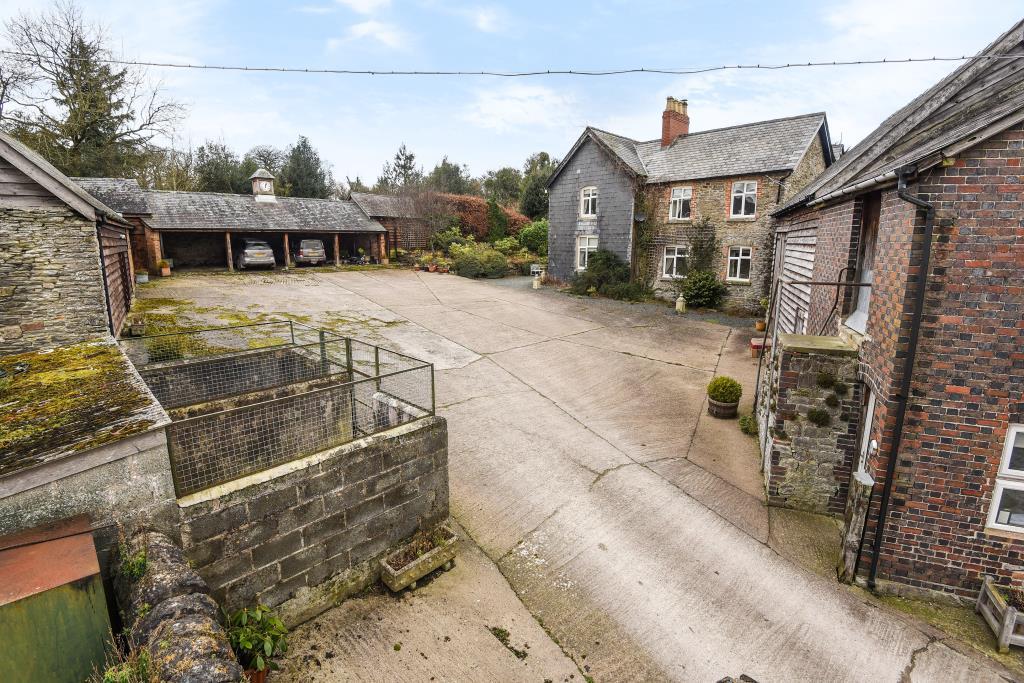 5 Bedrooms Detached House for sale in Old Radnor, Presteigne, LD8