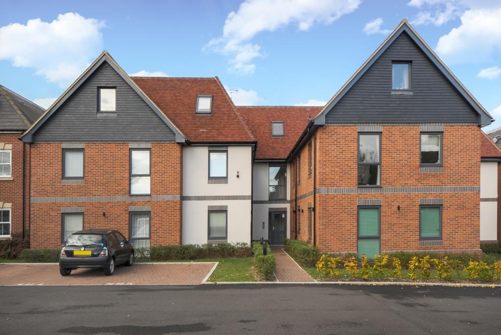 2 Bedrooms Flat for sale in Rockingham Road, Newbury, RG14