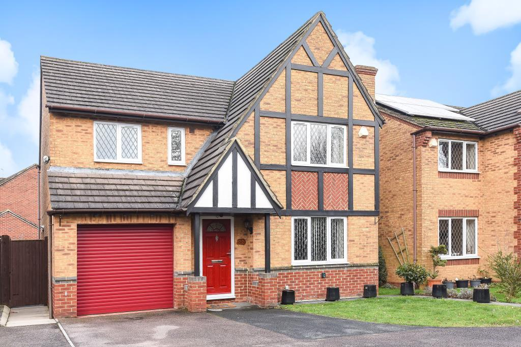 4 Bedrooms Detached House for sale in Langford Village, Bicester, OX26