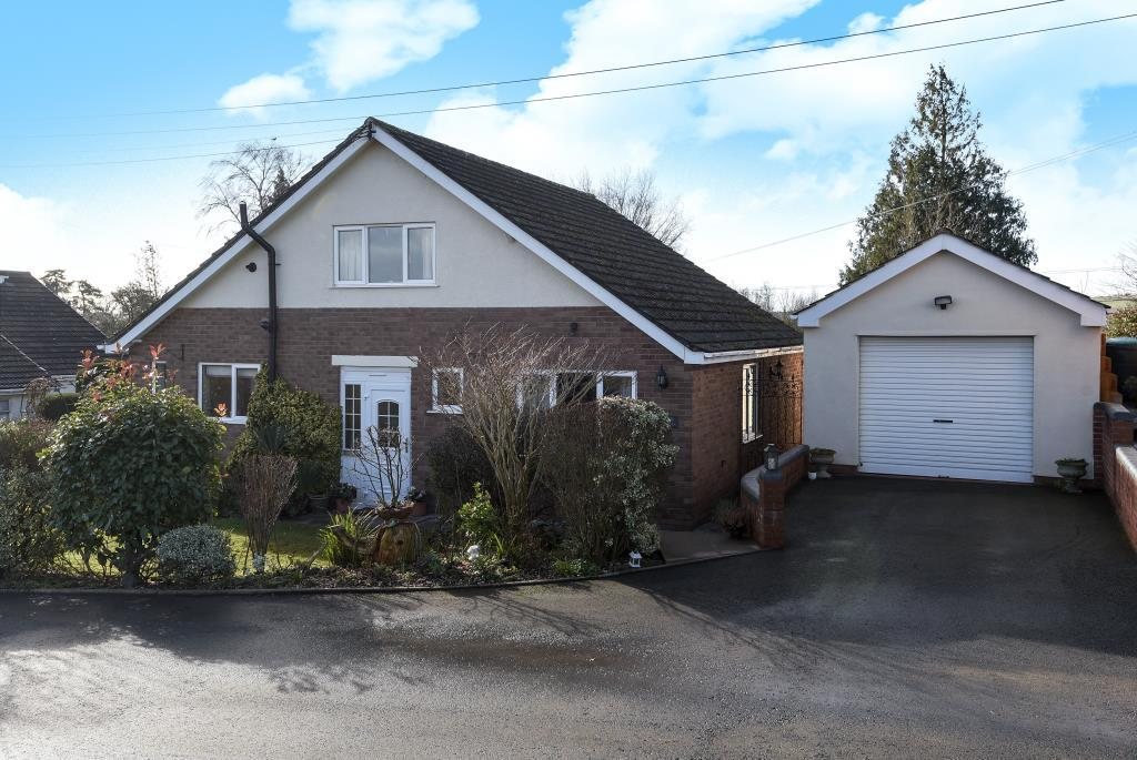 3 Bedrooms Detached Bungalow for sale in Llanwarne, Hereford, HR2