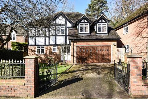 5 bedroom detached house for sale - Gordon Avenue, Stanmore, HA7