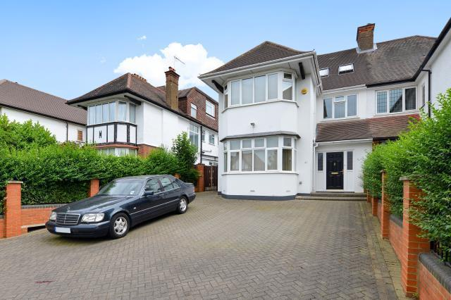 6 Bedrooms House for sale in Gresham Gardens, Golders Green, NW11