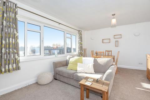 1 bedroom apartment to rent - St. Marks Hill,  Surbiton,  KT6