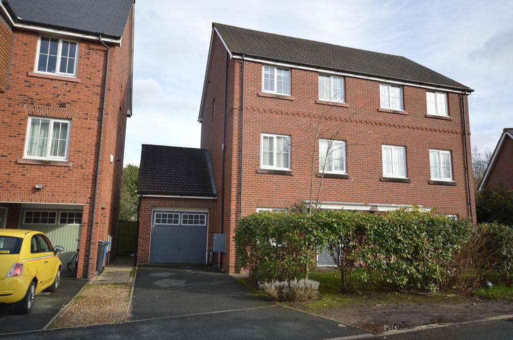 4 Bedrooms Town House for sale in 106 Chaise Meadow, Lymm, WA13