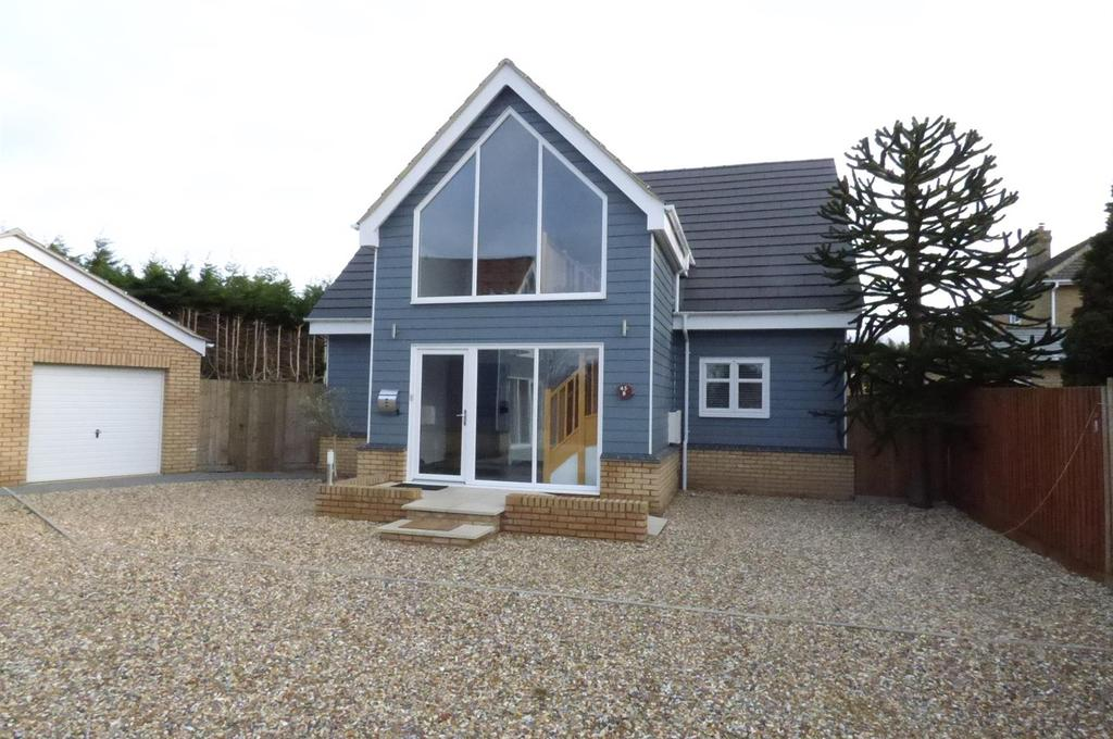 3 Bedrooms Detached House for sale in Mill Road, Lakenheath