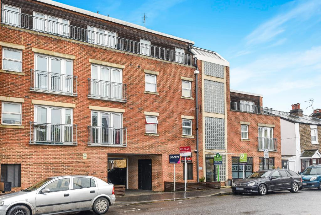 1 Bedroom Flat for sale in Southsea Road, Kingston Upon Thames, KT1
