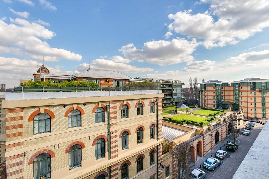 3 Bedrooms Flat for sale in Brasenose Drive, Harrods Village, Barnes, London