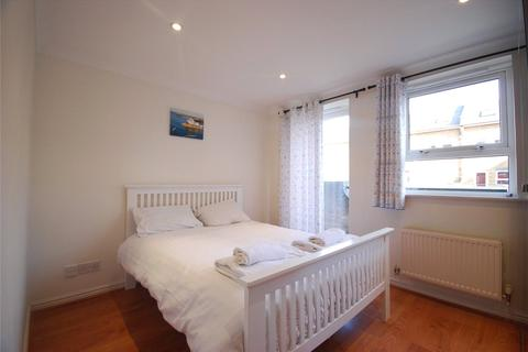2 bedroom house to rent - Schooner Close, London