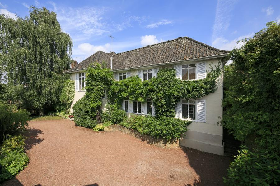 6 Bedrooms Detached House for sale in Sudbrook Gardens, Petersham