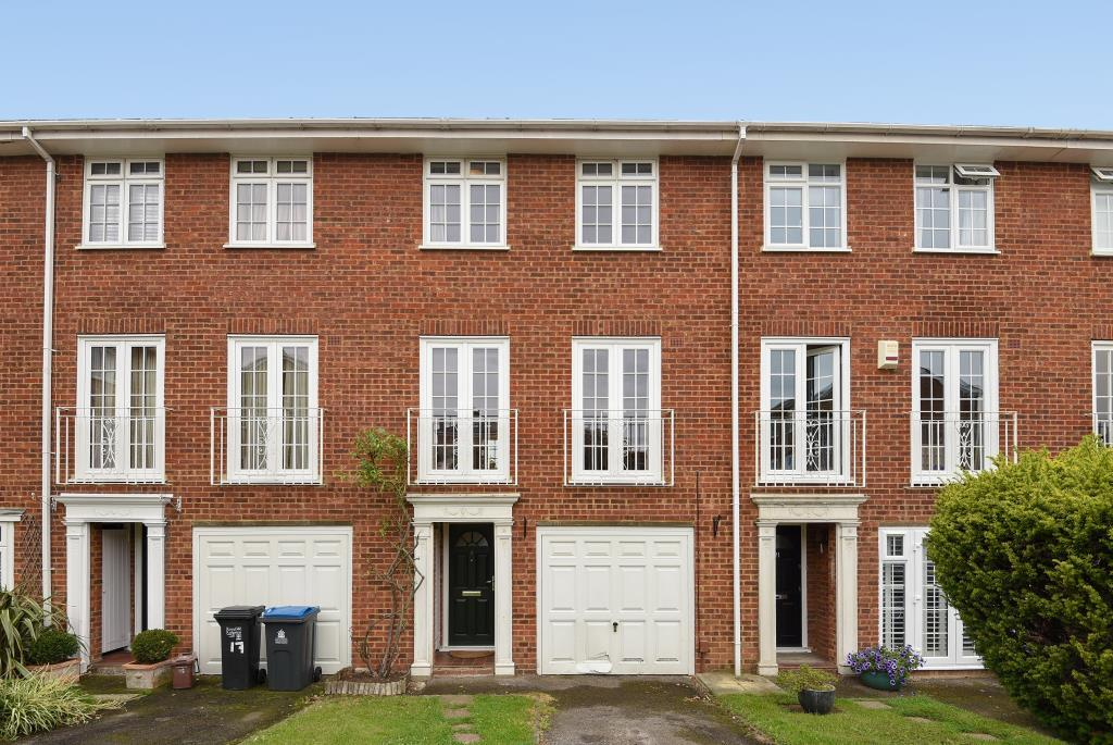 4 Bedrooms House for sale in Selsdon Close, Surbiton, KT6