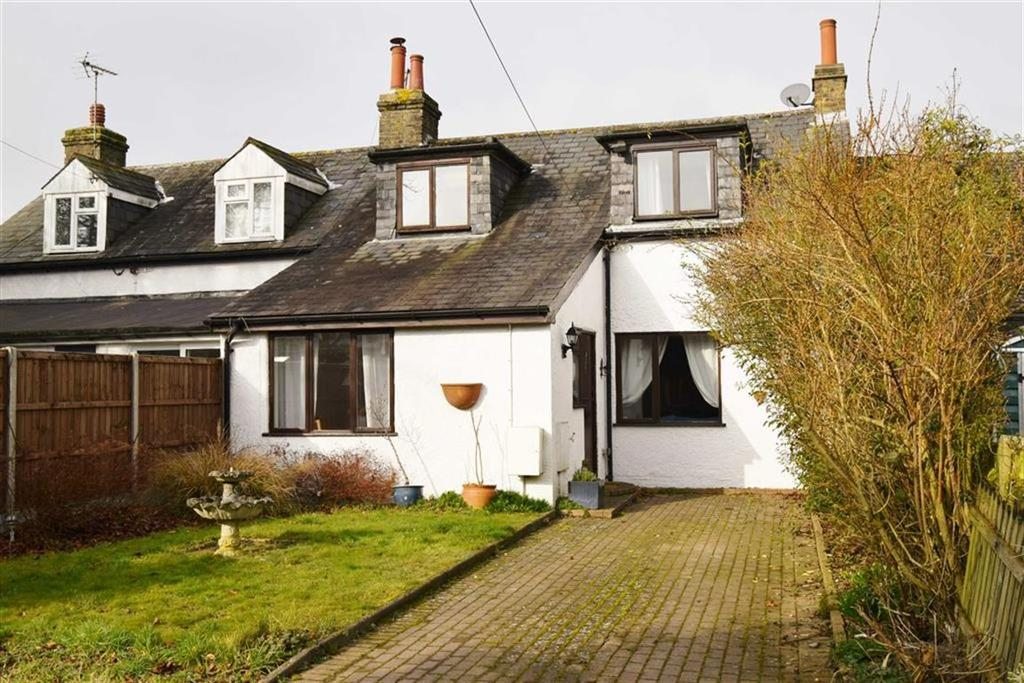 3 Bedrooms Semi Detached House for sale in Hever Avenue, TN15