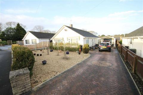 3 bedroom detached bungalow for sale - Lydlinch Close, Ferndown