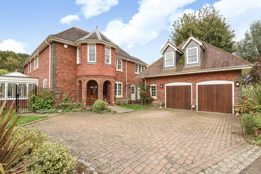 5 Bedrooms Detached House for sale in Gorse Lane, Chobham, GU24