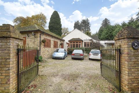 5 bedroom bungalow for sale - Westwood Road, Windlesham, GU20