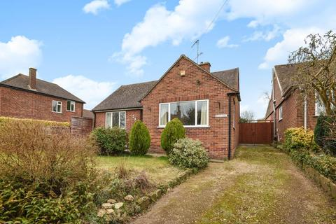 3 bedroom detached bungalow to rent - Church Road, Sandford-on-thames, OX4