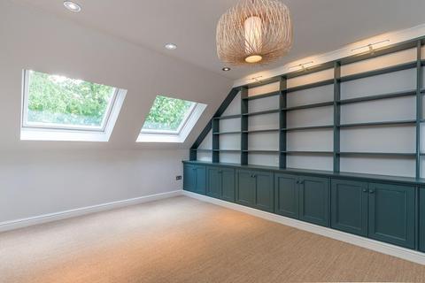 3 bedroom apartment to rent - London Road, Headington, OX3