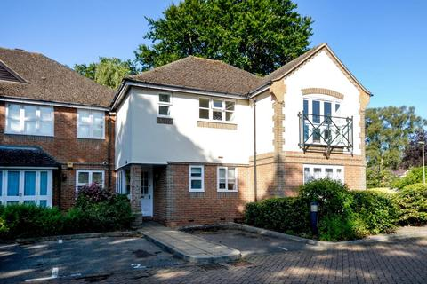 2 bedroom apartment to rent - Beech Place, Headington, OX3