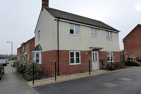 3 bedroom detached house for sale - Milburn Drive, St. Crispins, Northampton, NN5