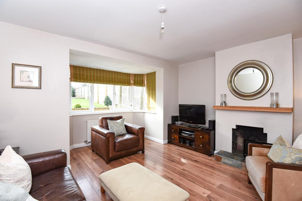 3 Bedrooms House for rent in Arbury Banks, Chipping Warden, OX17