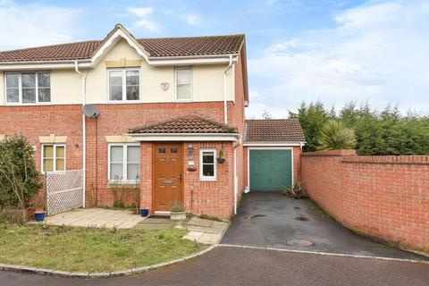 3 bedroom house to rent - Neuman Crescent, Bracknell, RG12
