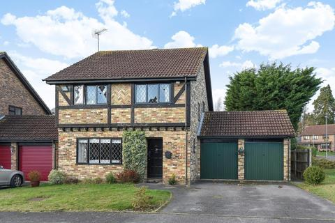 4 bedroom detached house to rent - Martins Heron, Bracknell, RG12