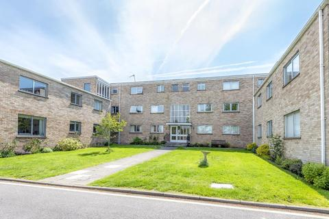 3 bedroom apartment to rent - Bicester Road, Kidlington, OX5