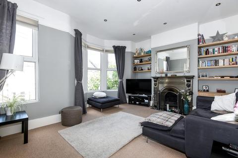 3 bedroom flat for sale - Tarbert Road, East Dulwich