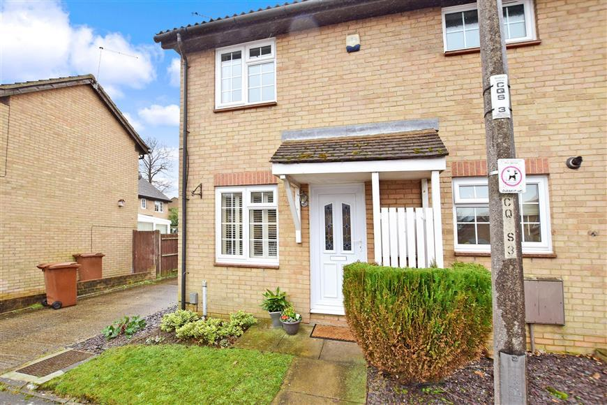 1 Bedroom Terraced House for sale in Compton Close, Lords Wood, Chatham, Kent