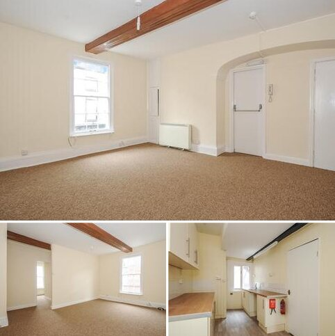 2 bedroom apartment to rent - Church Street,  Leominster,  HR6