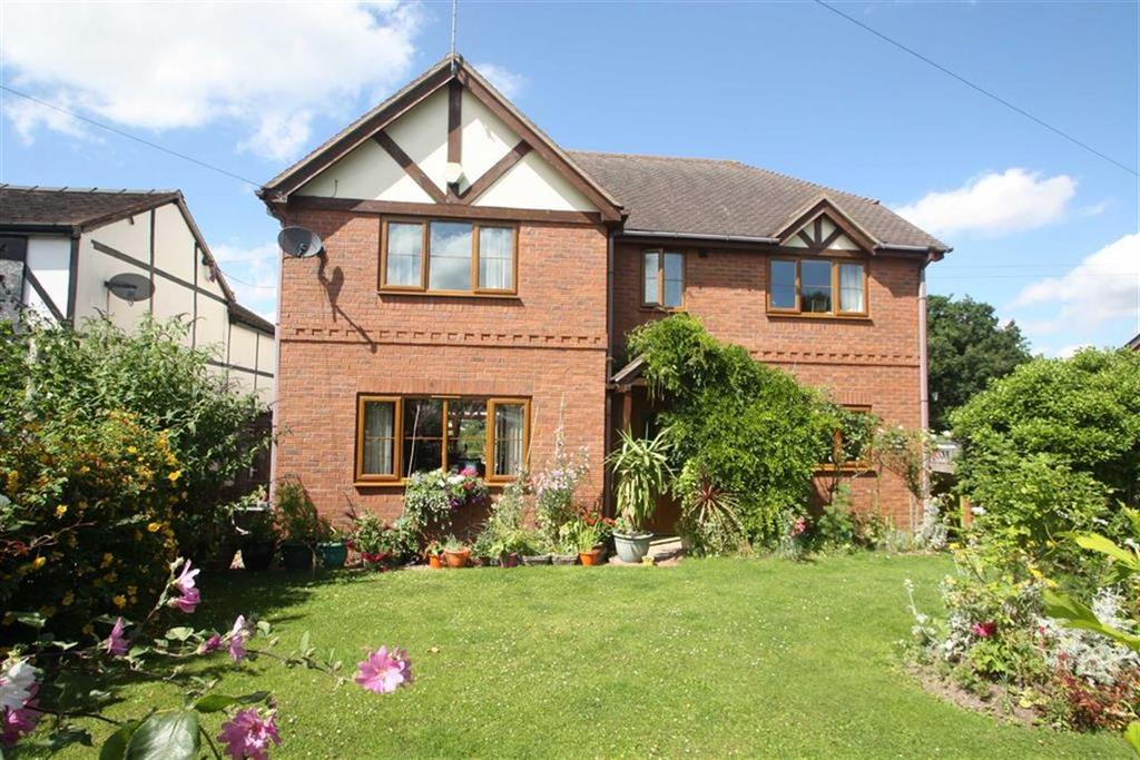 4 Bedrooms Detached House for sale in CLEHONGER, Clehonger Hereford, Hereford