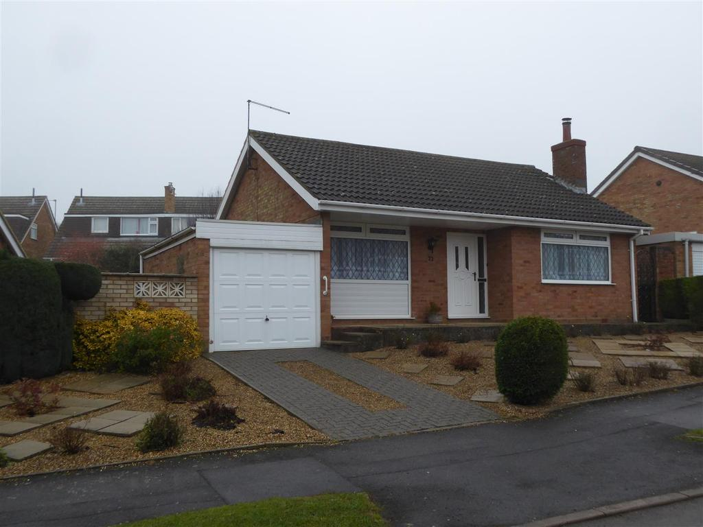 2 Bedrooms Bungalow for sale in Grosvenor Way, Barton Seagrave